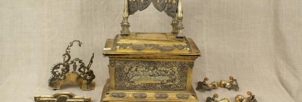Дарохранильниця II пол. XVIII ст., повертається в експозицію музею після тривалої реставрації.