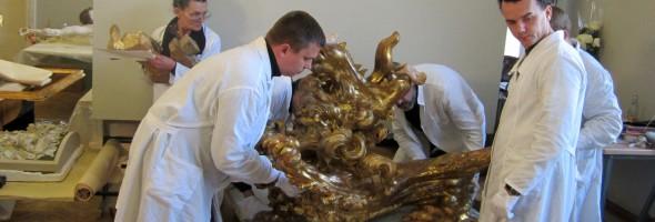 Відеоматеріали реставрації та підготовки скульптур Йоганна Георга Пінзеля до експонування у Луврі, Париж (Франція)