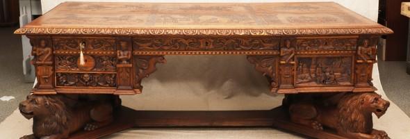 Легендарний стіл Петлюри